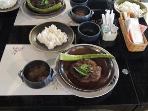 萩の茶屋:穂積家住宅 地域食材レストラン